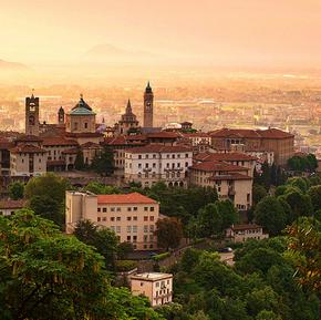 Tanie loty do Bergamo od 93 PLN. Mediolan od 125 PLN