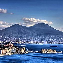 Przeloty do Neapolu z Katowic od 108 PLN