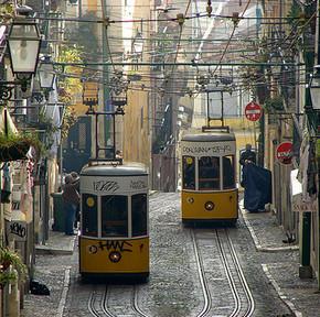 Tanie przeloty do Potrugalii. Porto i Lizbona z Katowic za 277 PLN
