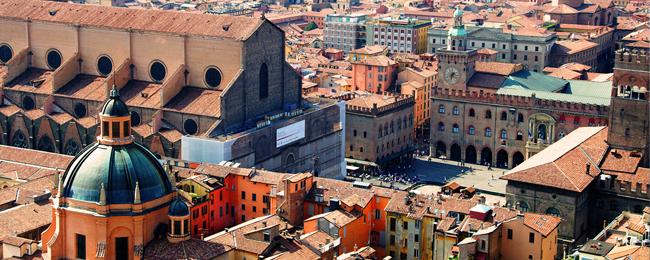 Tanie loty do Włoch. Bolonia na przedłużony weekend z Katowic za 128 PLN