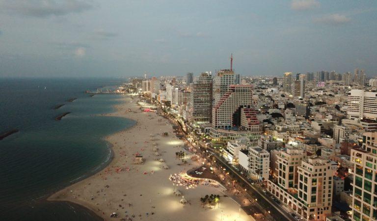 Wyjazd okołoweekendowy do Tel Awiwu. Loty do stolicy Izraela za 138 zł w dwie strony.